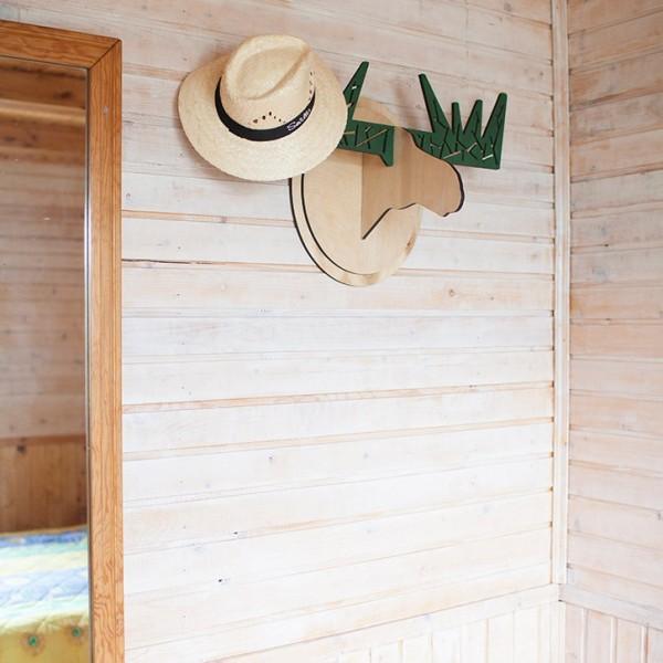 BAOBAB: wooden hanger Moose