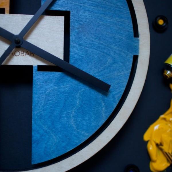 BAOBAB: настенные часы из дерева Абстрактные