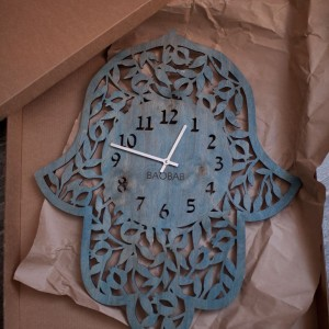BAOBAB: настенные часы из дерева Хамса