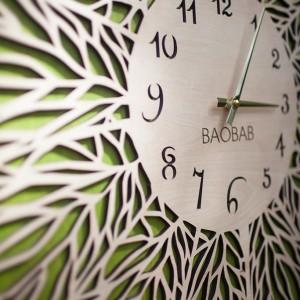 BAOBAB: настенные часы из дерева Прожилки