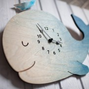 BAOBAB: wall clock made of wood Keith