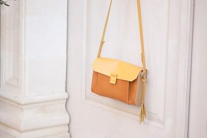 Женская сумочка из дерева «Oasis»