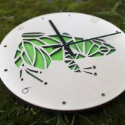 BAOBAB: Wood Wall Clock Frog