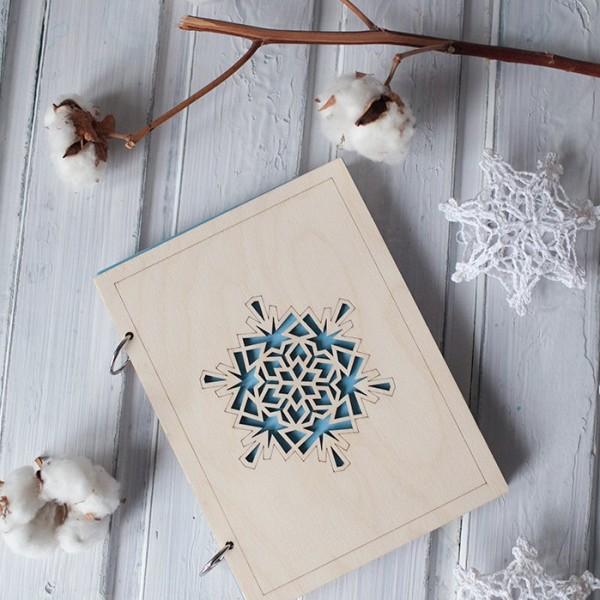 BAOBAB: wooden daily snowflake