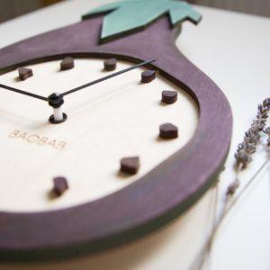 BAOBAB: wall clock made of wood Eggplant