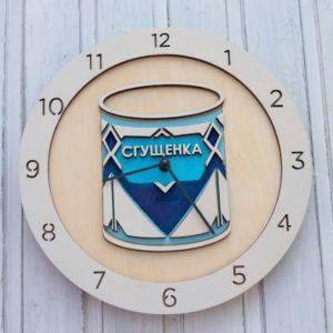 BAOBAB: настенные часы из дерева сгущенка